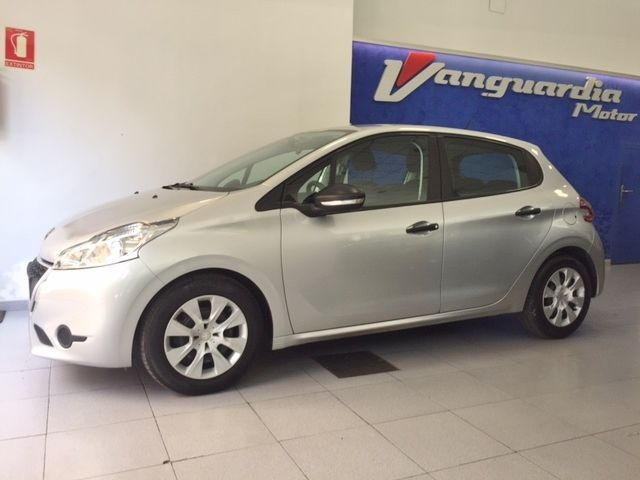 PEUGEOT - 208 1.4 HDI ACTIVE